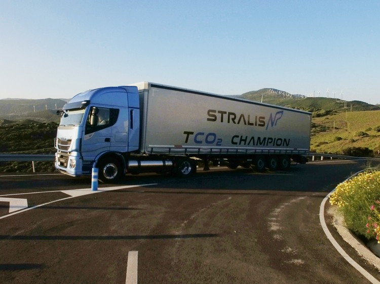 iveco_new_stralis_np_00