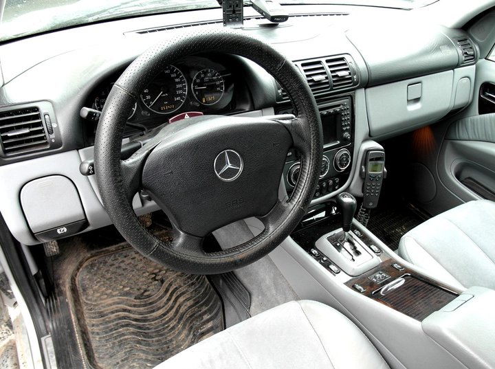 Салон Mercedes-Benz ML350 (W163)