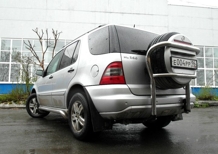 Mercedes-Benz ML350 (W163)