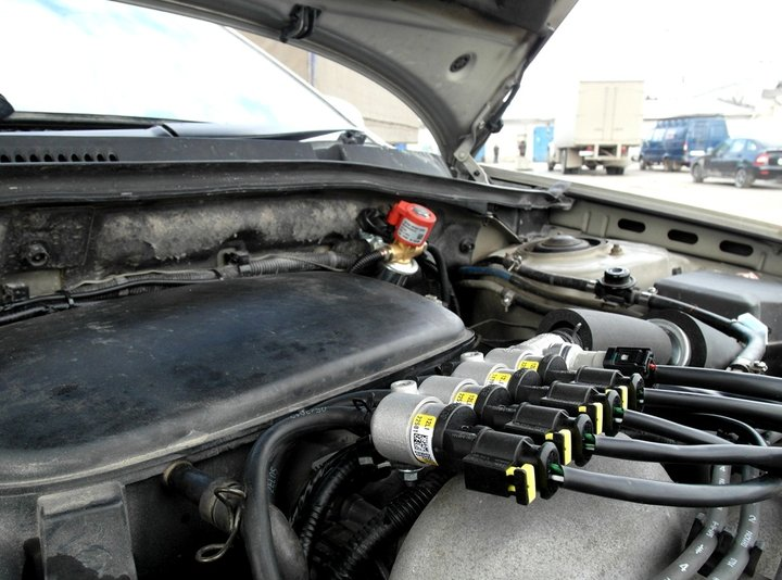 Подкапотная компоновка ГБО BRC Sequent, Subaru Outback (BP)