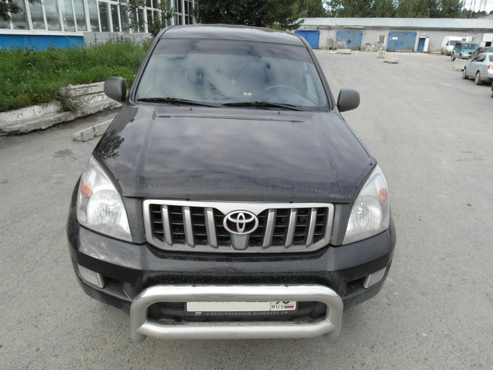 Вид спереди, Toyota Land Cruiser Prado 120