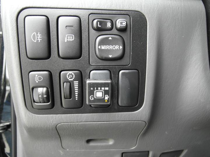 Кнопка переключения режимов работы ГБО AEB с индикацией уровня газа, Toyota Land Cruiser Prado 120