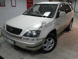 Toyota Harrier, V6 3,3 л