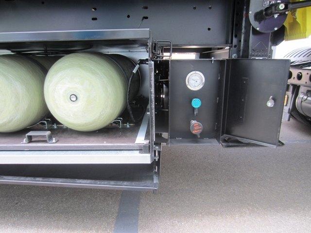 Koegel, Указатель уровня газа в CNG-модуле, заправочная горловина для газовых баллонов