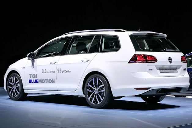 VW Golf Variant TGI BlueMotion, 2014
