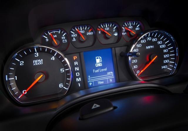 уровень газомоторного топлива, Chevrolet Silverado 2015 2500 hd