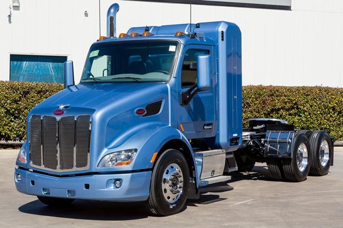 peterbilt 579 CNG, метановый грузовик