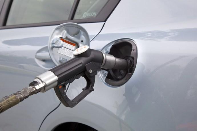 Honda Civic Natural Gas 2012, заправка природным газом