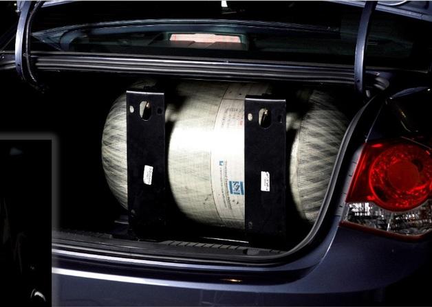 газовый метановый баллон в багажнике Chevrolet Cruze CNG