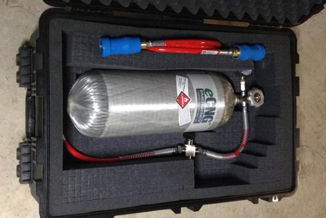 eCNG, переносной набор для заправки метаном