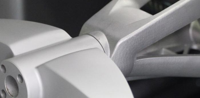 алюмиенивый узел суперкара, созданный на 3D-принтере