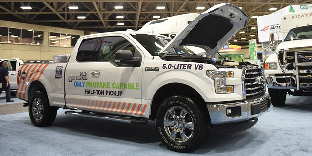 Газовый Ford F150 2016 на пропане на выставке ACT Expo 2015
