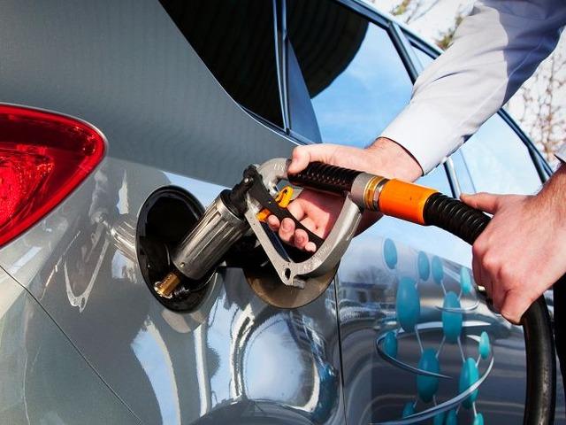Автовладельцам Татарстана заплатят за переход на метан