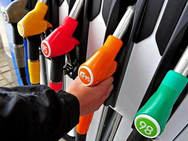 Акцизы на бензин и дизель повышаются с 1 апреля 2016
