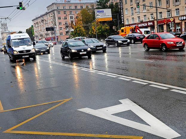Газовым автомобилям могут разрешить езду по выделенным полосам