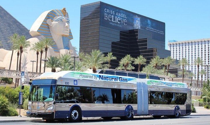 автобус на метане New Flyer Xcelsior