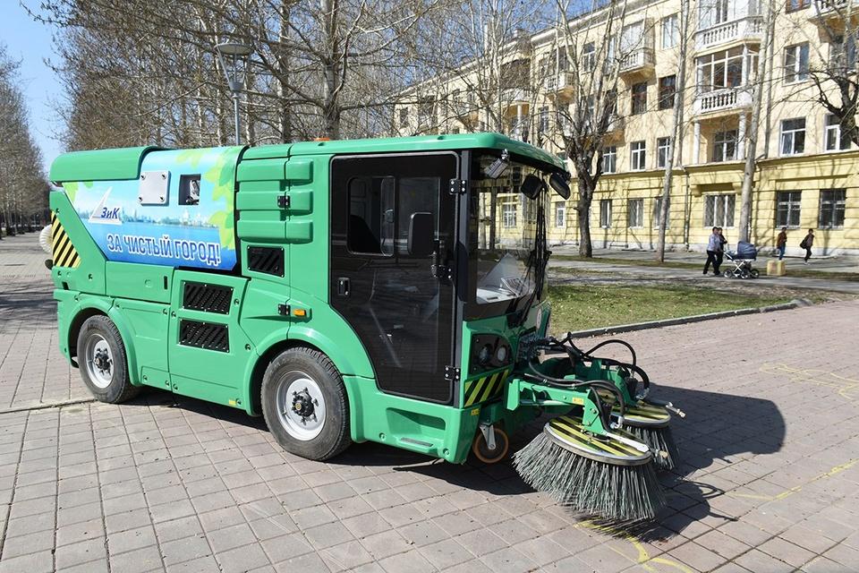 коммунальная машина на метане, МК-2000