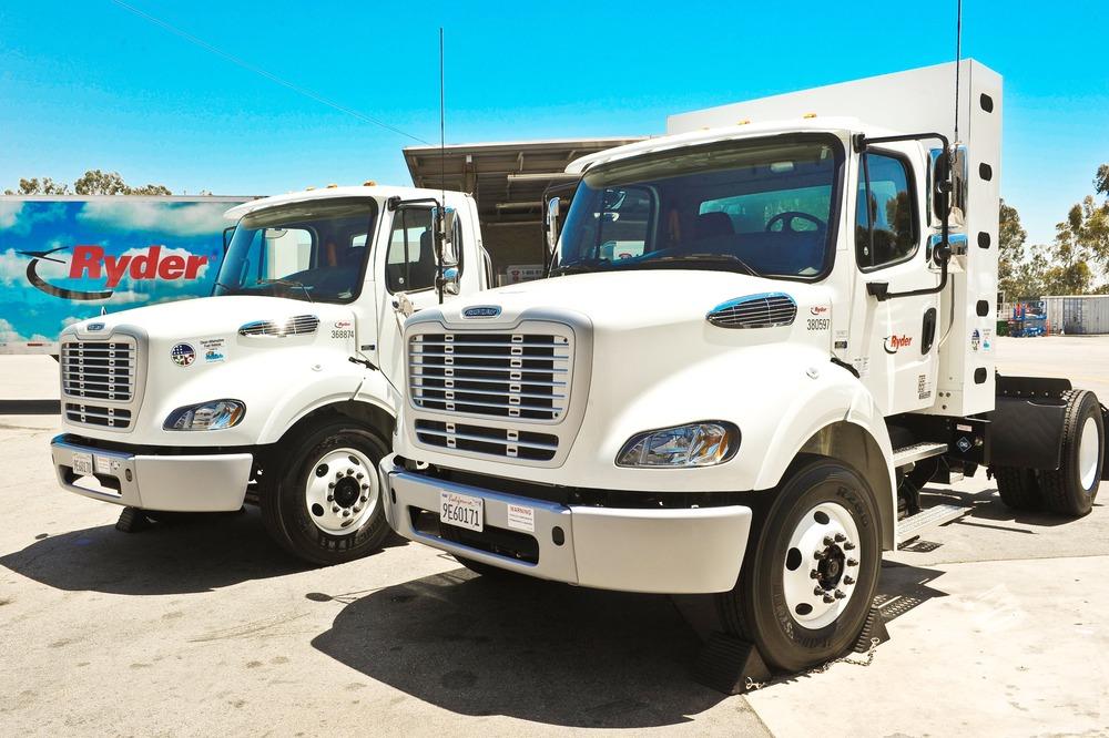 грузовики Ryder на природном газе с низким уровнем выбросов